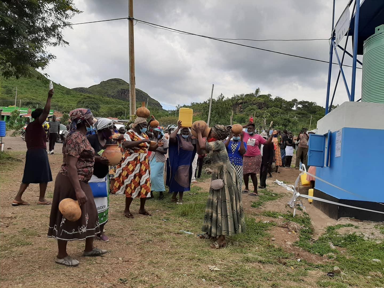Feest in Ogongo en Luanda!